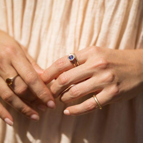 Ceylon Sapphire Gold Ring, Engagement Ring, Online Jewellery