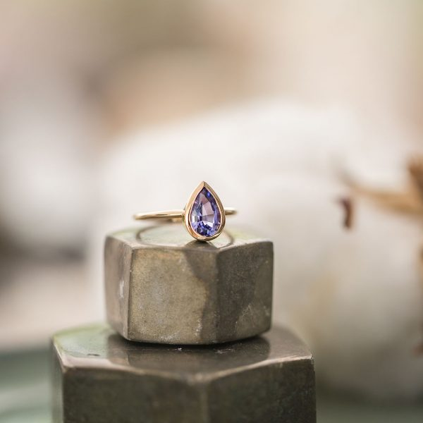 Tanzanite Gold Ring, Engagement Ring, Online Jewellery