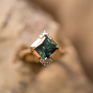 Green Tourmaline Diamond Rin